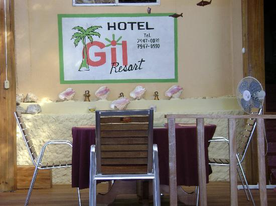 Hotel Gil Resort : Nice and bright patio.