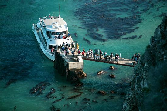 Ventura, Californië: Island Packers, Scorpion Landing, Santa Cruz Island, Photo by Doug Mangum