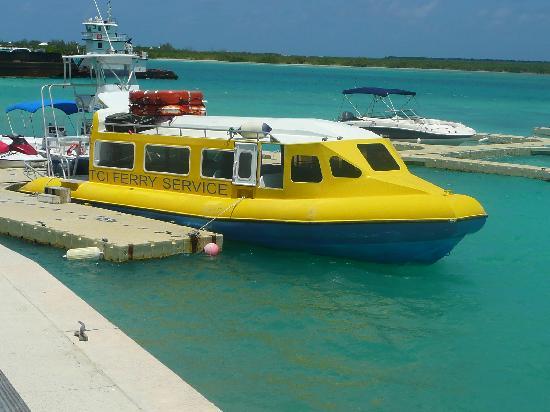 Pelican Beach Hotel : The ferry!