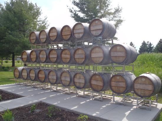 Egg Harbor, WI: Stones Throw Winery