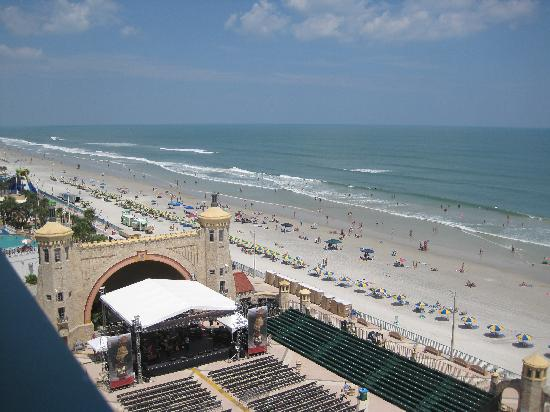 Hilton Daytona Beach / Ocean Walk Village: Another view from our room.