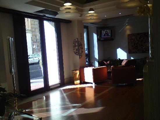 Exe Domus Aurea: Reception/ lobby