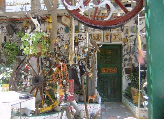 Hotel Arte y Museo Yeneka: Courtyard