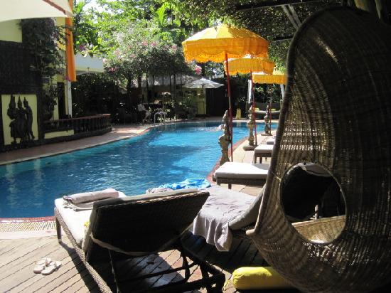 Bopha Siem Reap Boutique Hotel: nice pool