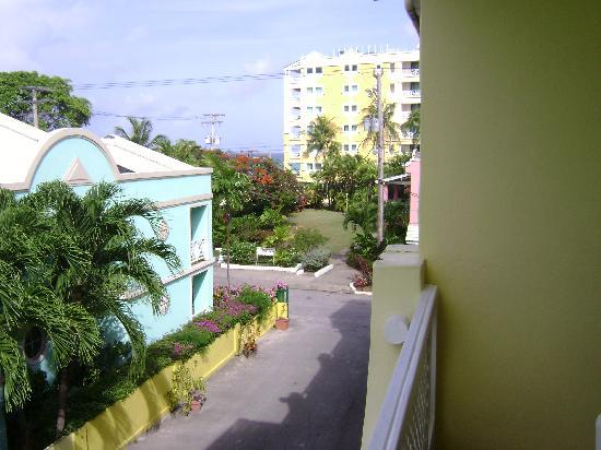 Meridian Inn: balcony street view