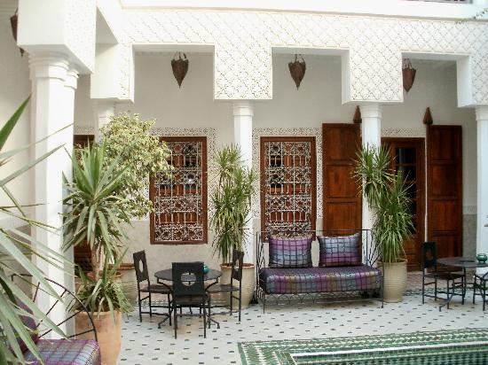 Riad Yasmine : Inner courtyard