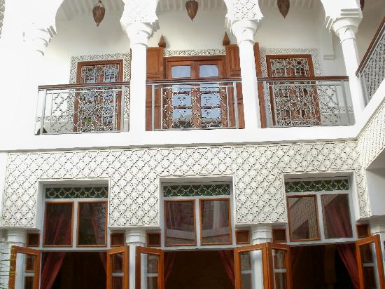 Riad Yasmine: Our 2nd floor room