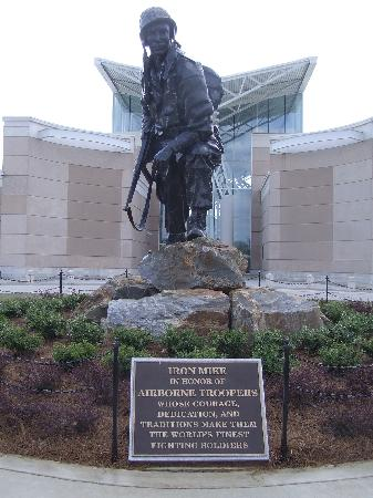 "Fayetteville, NC: Statue of the airborne G.I. ""Iron Mike"""