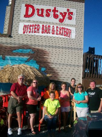 Dusty's Oyster Bar & Dining : It was worth waiting our turn at Dusty's!