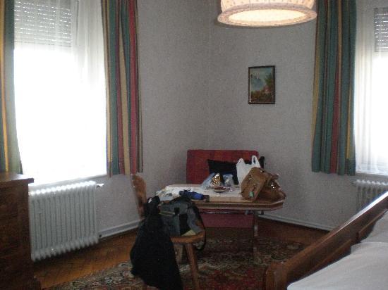 Grafinger Hof: the rest of the room