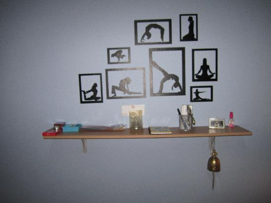 The Little Yoga Room: Yoga position wall decorations