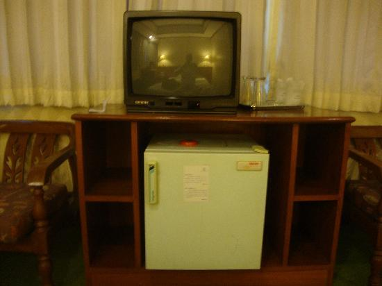 First House Bangkok: old TV and old dirty frig