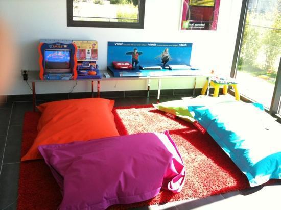 Ibis Styles Pertuis : Nice design & kids friendly hotel
