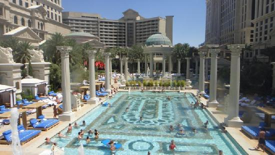 Caesars palace pool picture of caesars palace las vegas for Caesars swimming pool