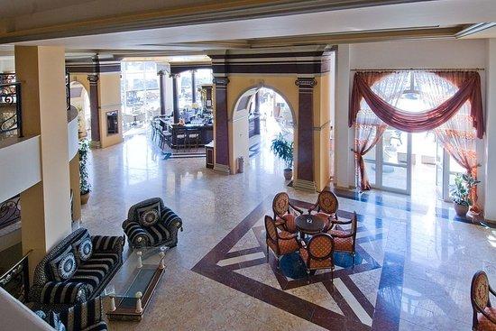 Duni Royal Marina Beach: Lobby Bar and sitting area