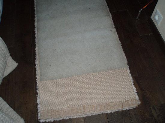 Manoir des Portes : back of mat