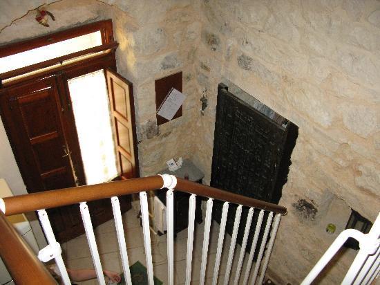 Le Dimore dei Venti: Лестница на второй этаж в нашем домике