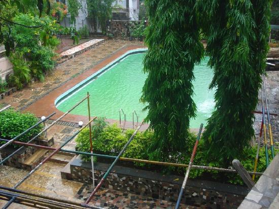 Hotel La Exotica: Pool