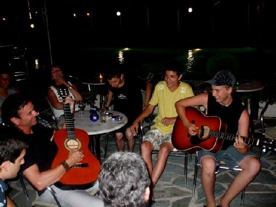 Adam's Hotel: Rock night with guests