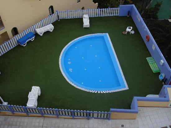 Playa Olid Apartments: The baby pool