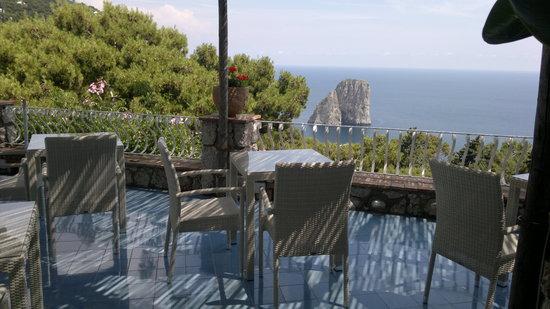 Villa Krupp: terrazza colazione