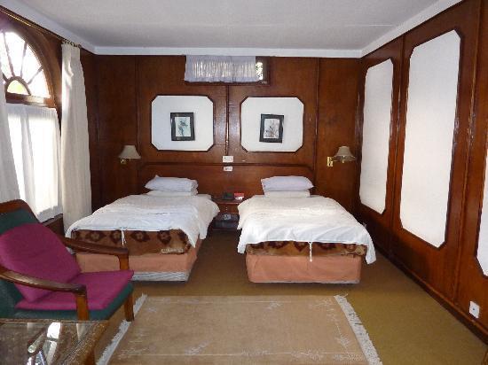 Kathmandu Guest House: twin room