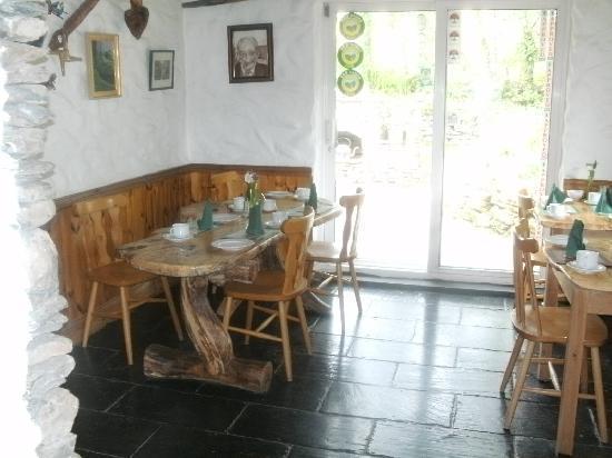 "Lissyclearig Thatched Cottage: Frühstücks""stube"""
