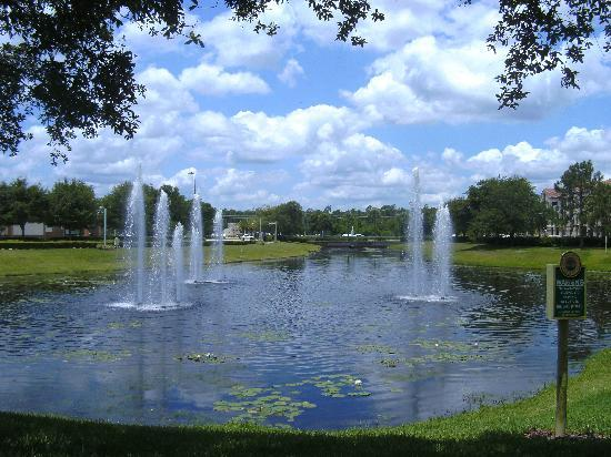 Cypress Pointe Resort : the fountains at main entrance