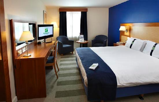 Holiday Inn Bristol Airport : Double bedroom