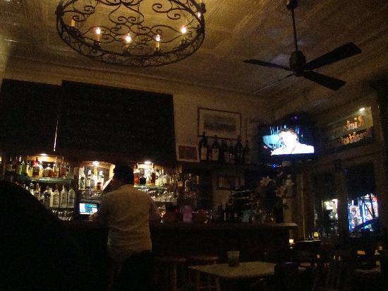 Ciao: Bar