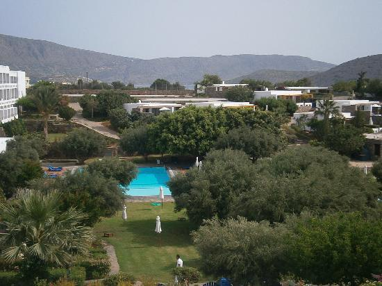 Elounda Bay Palace: View of the pool from our room.