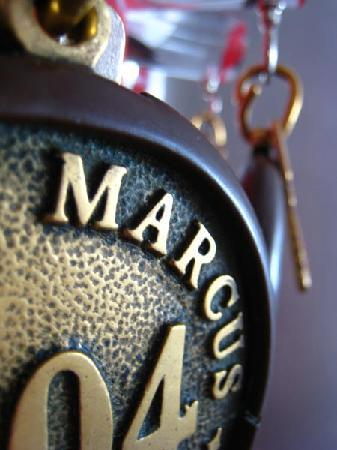 Hotel Marcus : ingresso camera