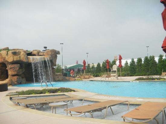 WinStar World Casino Hotel: pool area
