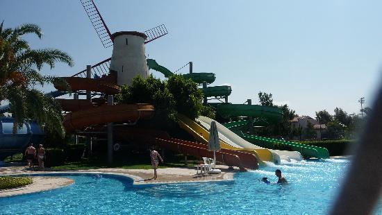 Piscina con gli scivoli picture of starlight resort - Piscine con scivoli ...