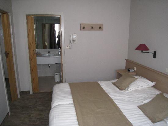 Ambassador Hotel : Chambre vue 2