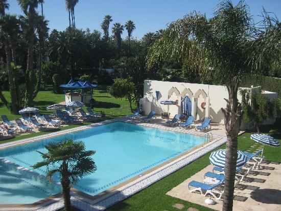 Zwembad en tuin picture of hotel ibis fes fes tripadvisor