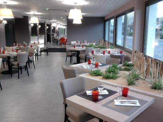 Logis L'Espadon Hotel : restaurant