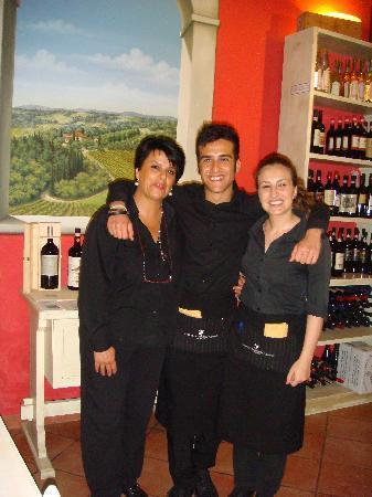 Enoteca Ristorante Gallo Nero : Lucia, Francesco and Lisa