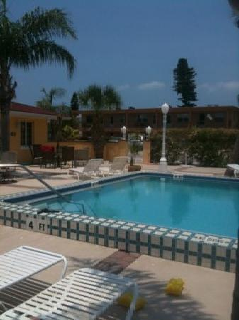 Gulf Tides Inn : Pool