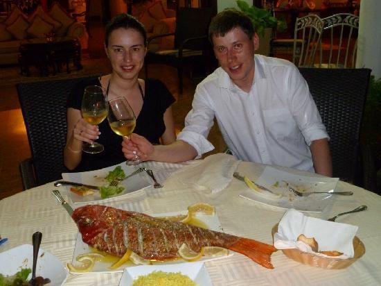 dinner at le bonheur villa