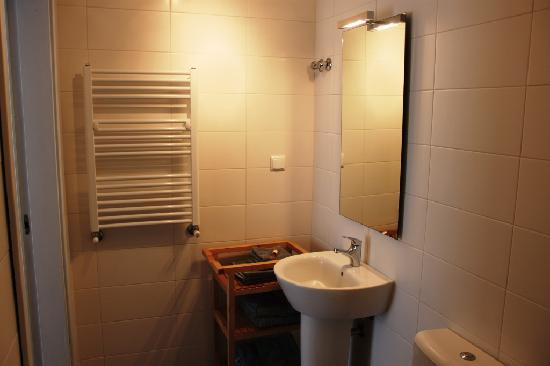 Casa nas Serras - Ensuite Bathroom