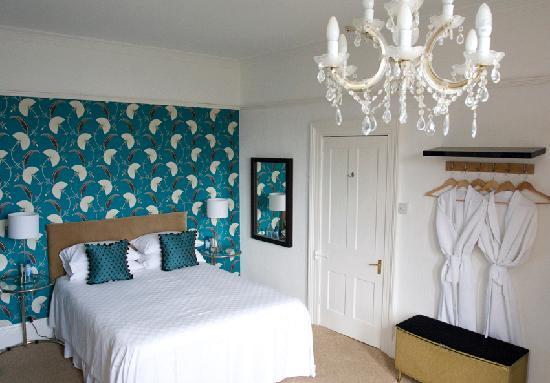 Norbury House Hotel: Our master bedroom room 5 contemporary & spacious