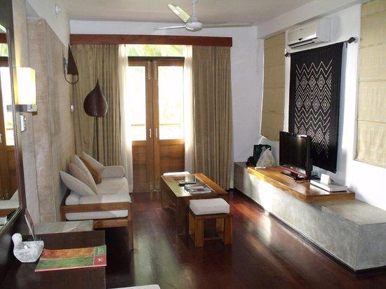 AVANI Kalutara Resort: Sitting Area Suite