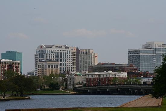 View of downtown from ghent picture of norfolk virginia - Wyndham garden norfolk downtown norfolk va ...