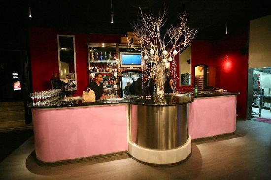 Pulitos: Bar shot