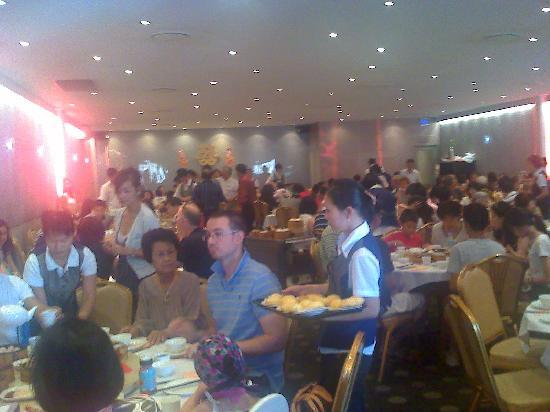 Northbridge Chinese Restaurant: The Sunday morning crowd