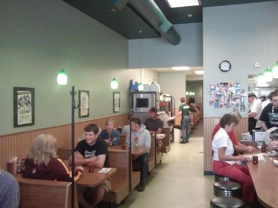 UNCLE Louis Cafe: Inside