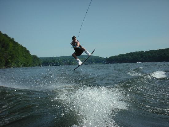 Lakeside Watersports: Wakeboard Air