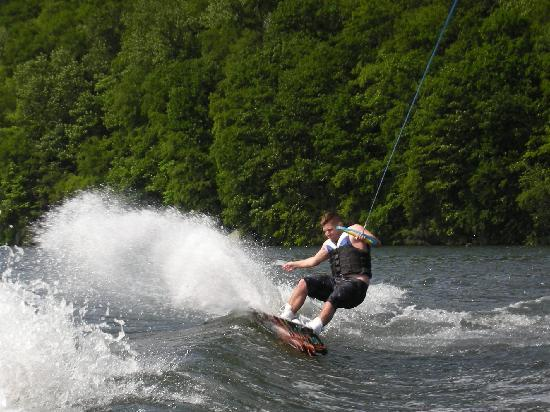 Lakeside Watersports: Slashing the Wake