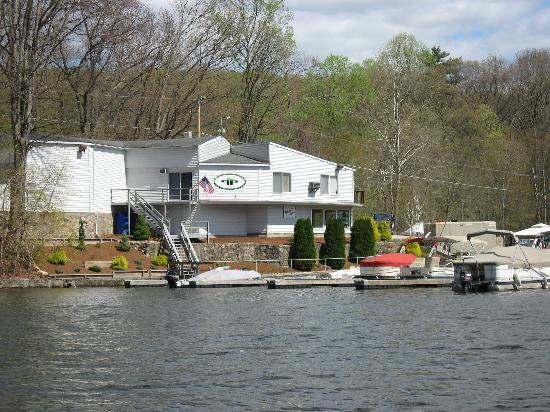 Lakeside Watersports: Pocono Point Marina